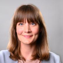 Dr. Charlotte Fiedler