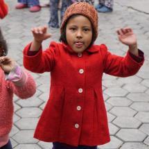 """Ein junges nepalesisches Mädchen, dem vom """"Haus der Hoffnung"""" der Schulbesuch ermöglicht wird."""