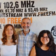 2015 moderieren Ana Luz Gallegos aus Mexiko zusammen mit Fernando Monasterio und Daniela Ventúiz aus Argentinien die Sendung La Burhadilla